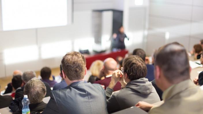 Vorlesungen und Seminare